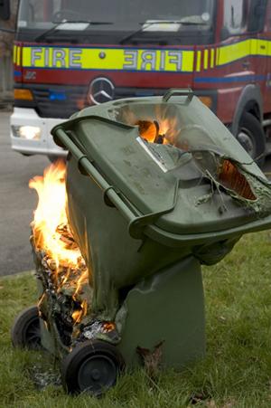wheelie-bin-fire