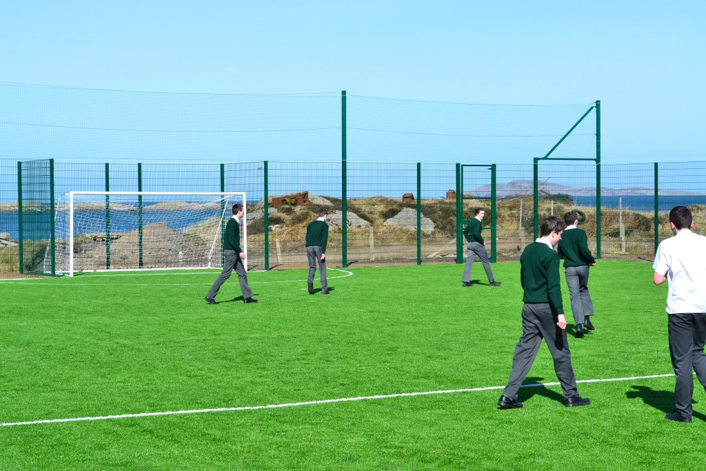 Lighting Grant For All Weather Pitch On Arranmore Island Highland Radio Latest Donegal News And Sport